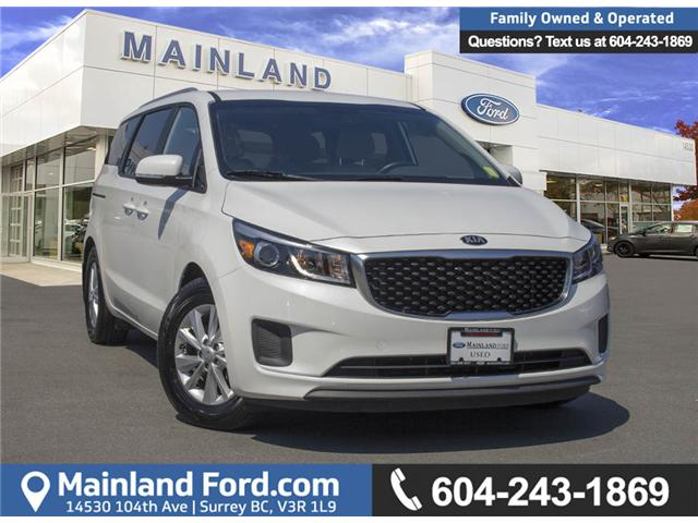 2018 Kia Sedona LX (Stk: P7129) in Surrey - Image 1 of 27