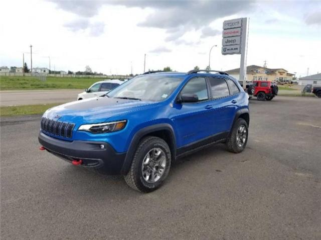 2019 Jeep Cherokee Trailhawk (Stk: ST014) in  - Image 2 of 18