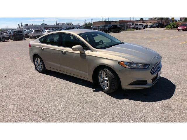 2015 Ford Fusion SE (Stk: ES18741A) in Barrie - Image 2 of 20