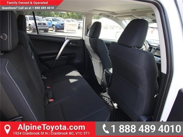 2018 Toyota RAV4 Hybrid LE+ (Stk: D219796) in Cranbrook - Image 11 of 17