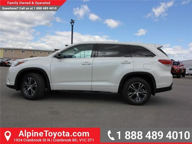 2018 Toyota Highlander LE (Stk: S270998) in Cranbrook - Image 2 of 15