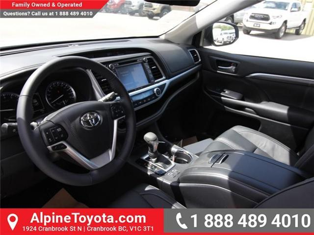 2018 Toyota Highlander  (Stk: S551488) in Cranbrook - Image 9 of 17