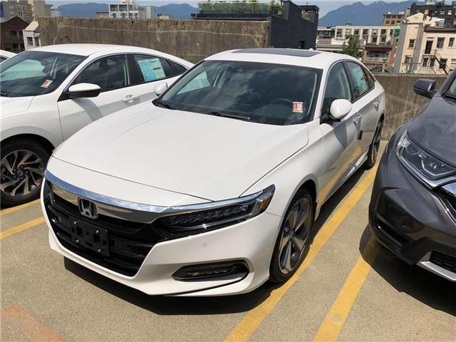 2018 Honda Accord Touring (Stk: 6J84450) in Vancouver - Image 1 of 4