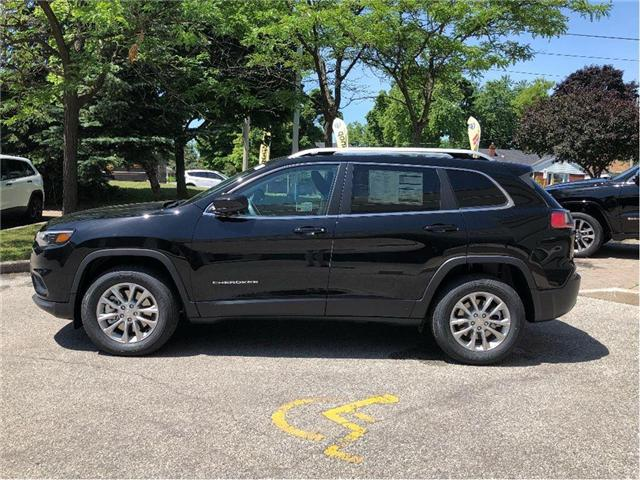 2019 Jeep Cherokee North (Stk: 194020) in Toronto - Image 2 of 19