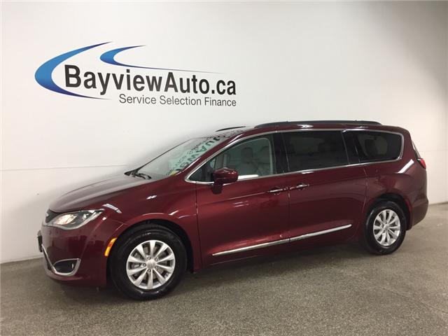 2017 Chrysler Pacifica Touring-L (Stk: 33137W) in Belleville - Image 1 of 24