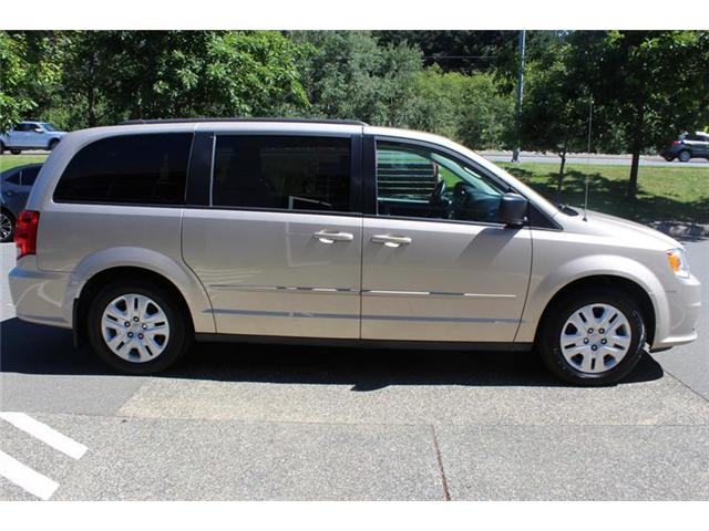 2016 Dodge Grand Caravan SE/SXT (Stk: 12033A) in Courtenay - Image 2 of 20