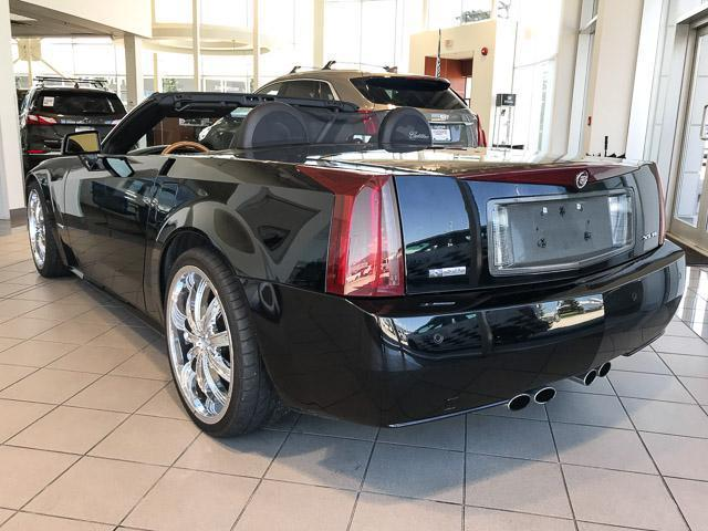 2004 Cadillac XLR Base (Stk: 7CA48352) in Vancouver - Image 2 of 26