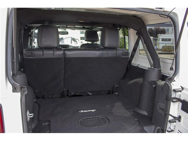 2015 Jeep Wrangler Unlimited Sahara (Stk: J863964A) in Surrey - Image 11 of 28