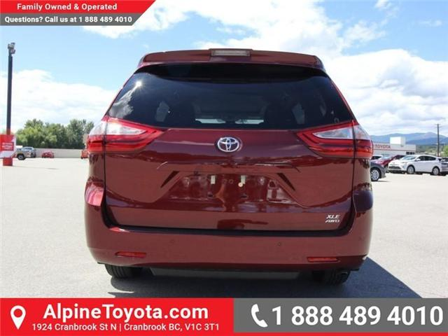 2018 Toyota Sienna  (Stk: S201604) in Cranbrook - Image 4 of 18