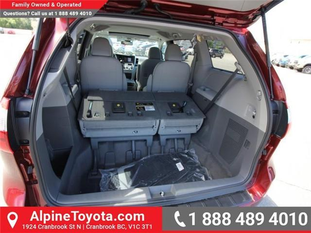 2018 Toyota Sienna  (Stk: S201604) in Cranbrook - Image 16 of 18