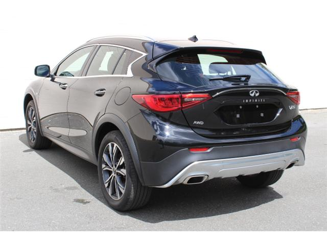 2017 Infiniti QX30 Base (Stk: A015546) in Courtenay - Image 3 of 30