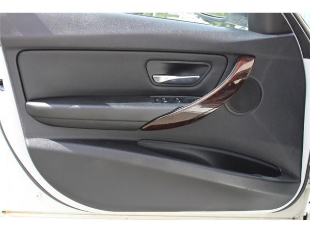 2013 BMW 328i xDrive (Stk: W213909Z) in Courtenay - Image 18 of 30
