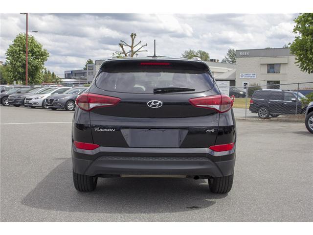 2017 Hyundai Tucson Premium (Stk: EE892300) in Surrey - Image 6 of 26