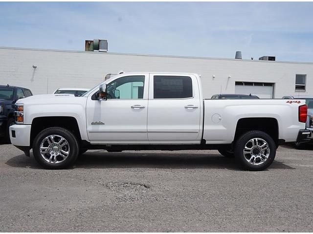2019 Chevrolet Silverado 2500HD High Country (Stk: 19008) in Peterborough - Image 2 of 3