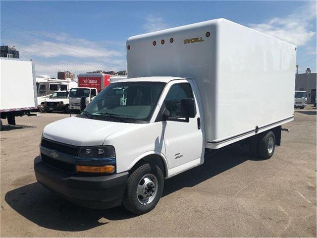 2018 Chevrolet Express Cutaway 4500 New 2018 Chevrolet Express 4500 Cube-Van (Stk: 85377) in Toronto - Image 1 of 15