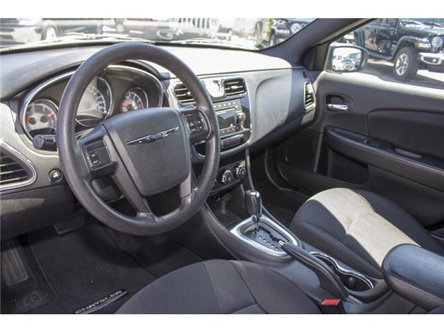 2013 Chrysler 200 LX (Stk: EE893950) in Surrey - Image 10 of 24