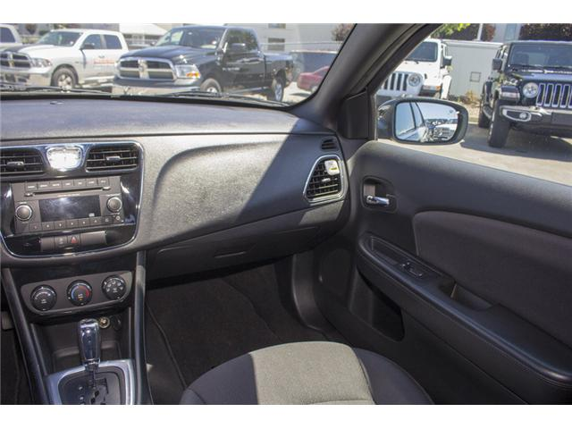 2013 Chrysler 200 LX (Stk: EE893950) in Surrey - Image 13 of 24