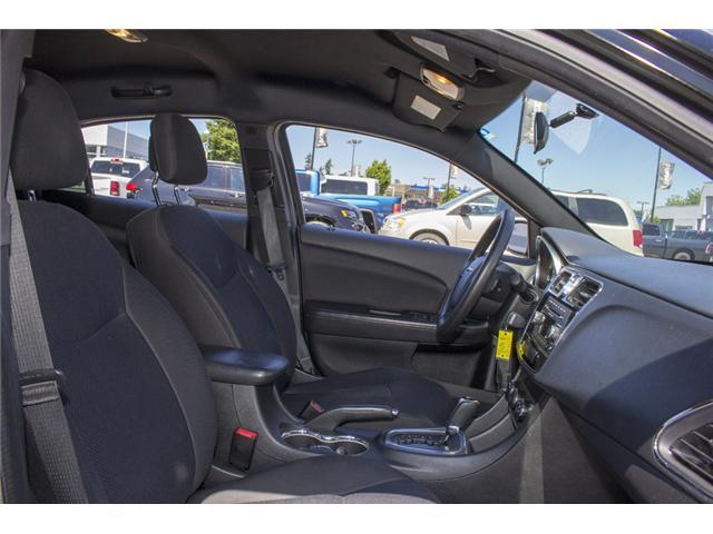 2013 Chrysler 200 LX (Stk: EE893950) in Surrey - Image 16 of 24