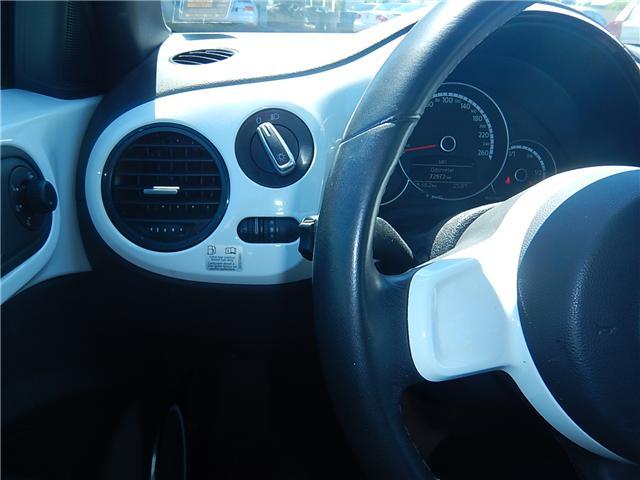 2014 Volkswagen The Beetle 2.0 TDI Comfortline (Stk: VW0707) in Surrey - Image 9 of 23