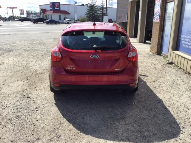 2012 Ford Focus SE (Stk: U-3548) in Kapuskasing - Image 2 of 7