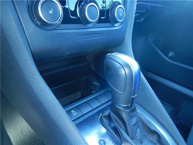 2011 Volkswagen Golf 2.0 TDI Comfortline (Stk: VW0706) in Surrey - Image 11 of 20