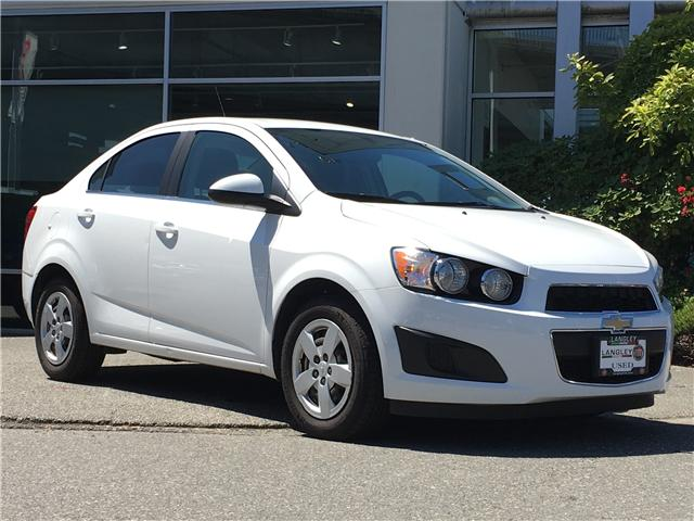 2015 Chevrolet Sonic LT Auto (Stk: LF008050A) in Surrey - Image 2 of 30