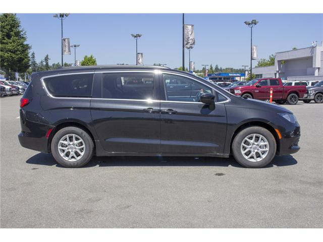 2017 Chrysler Pacifica LX (Stk: EE891550) in Surrey - Image 8 of 25