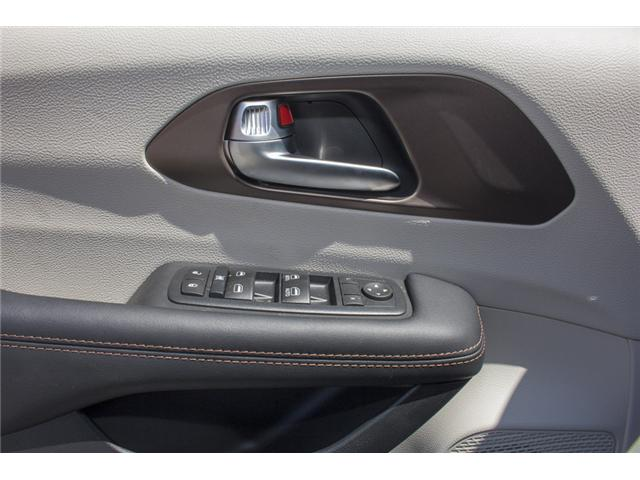 2017 Chrysler Pacifica LX (Stk: EE891550) in Surrey - Image 18 of 25