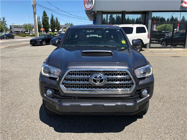 2017 Toyota Tacoma SR5 (Stk: 17-018375) in Abbotsford - Image 2 of 15