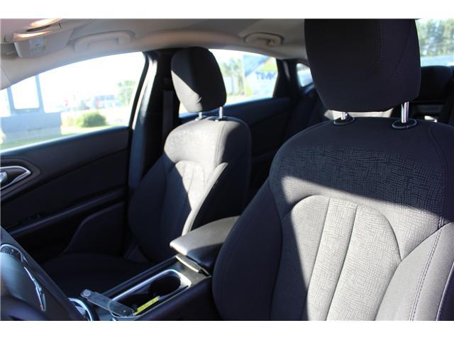 2015 Chrysler 200 LX (Stk: 154305) in Medicine Hat - Image 17 of 23