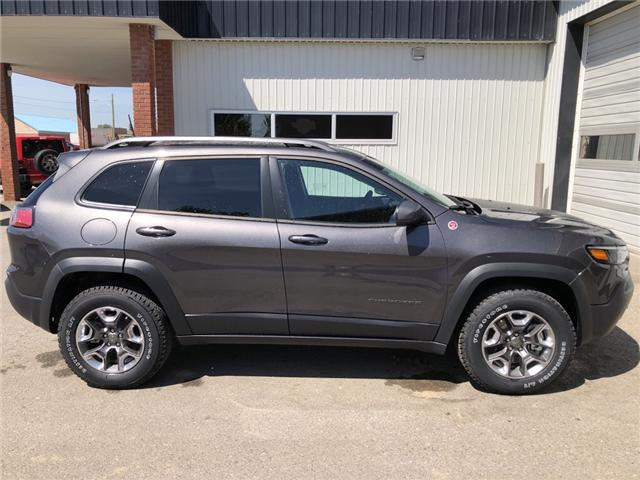 2019 Jeep Cherokee Trailhawk (Stk: 13315) in Fort Macleod - Image 7 of 21