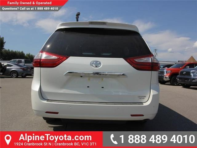 2018 Toyota Sienna LE 7-Passenger (Stk: S201388) in Cranbrook - Image 3 of 21