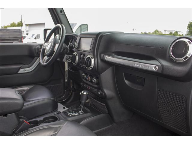 2017 Jeep Wrangler Unlimited Sahara (Stk: J251256AA) in Surrey - Image 16 of 25