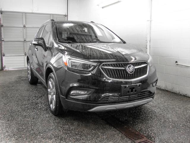 2018 Buick Encore Essence (Stk: E8-60540) in Burnaby - Image 2 of 7