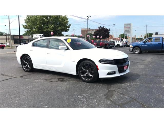 2017 Dodge Charger R/T 5.7L Hemi Sun Roof Heated Leather (Stk: 44518) in Windsor - Image 2 of 11