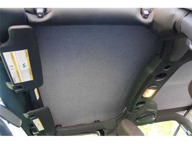 2014 Jeep Wrangler Sport (Stk: L268835) in Courtenay - Image 16 of 28