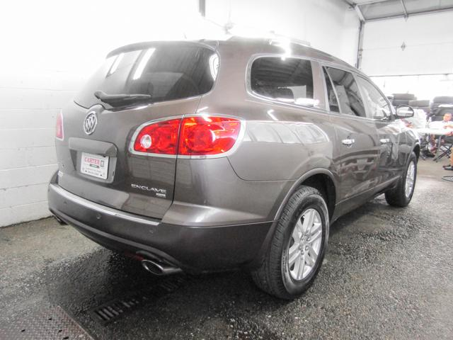 2009 Buick Enclave CX (Stk: 88-50891) in Burnaby - Image 2 of 24
