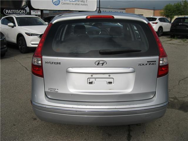 2009 Hyundai Elantra Touring GL (Stk: 18188A) in Stratford - Image 4 of 16