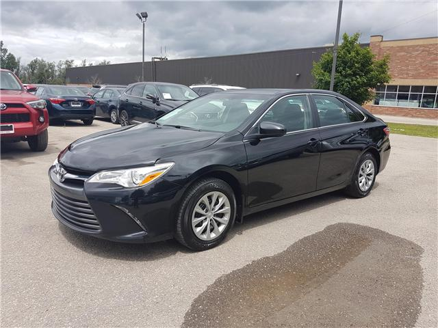 2016 Toyota Camry LE (Stk: U00655) in Guelph - Image 1 of 37