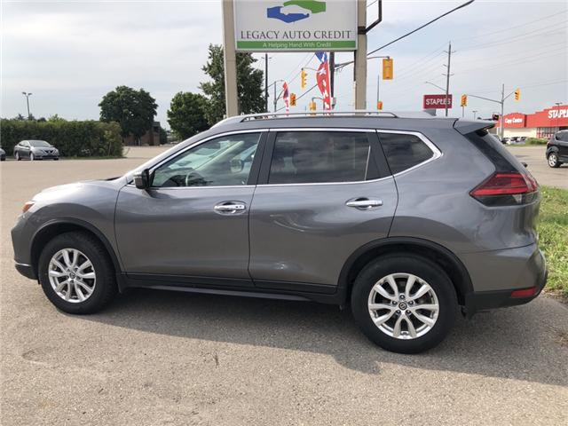 2017 Nissan Rogue SV (Stk: L8606) in Waterloo - Image 2 of 16