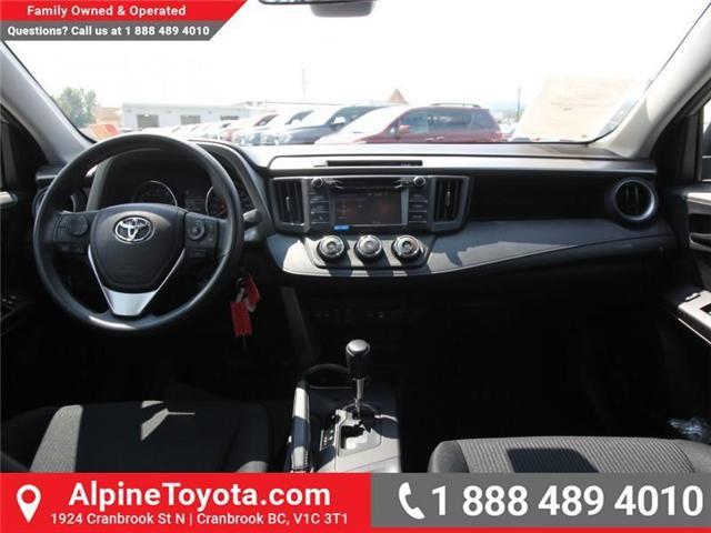 2018 Toyota RAV4 LE (Stk: W813176) in Cranbrook - Image 9 of 16