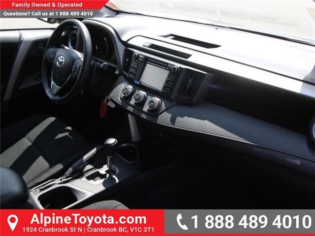 2018 Toyota RAV4 LE (Stk: W813176) in Cranbrook - Image 10 of 16