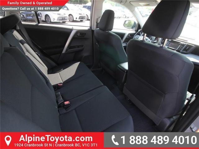 2018 Toyota RAV4 LE (Stk: W813176) in Cranbrook - Image 11 of 16