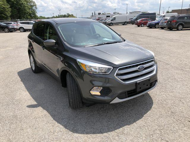 2017 Ford Escape SE (Stk: ES181112A) in Barrie - Image 2 of 30