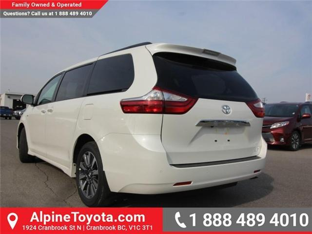 2018 Toyota Sienna XLE 7-Passenger (Stk: S206146) in Cranbrook - Image 2 of 18