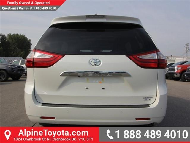 2018 Toyota Sienna XLE 7-Passenger (Stk: S206146) in Cranbrook - Image 3 of 18