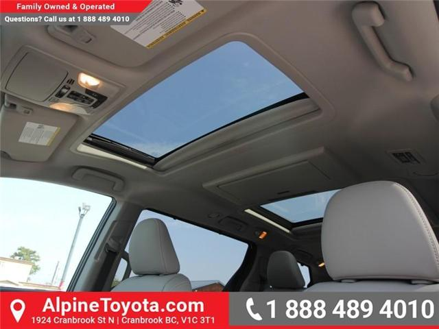 2018 Toyota Sienna XLE 7-Passenger (Stk: S206146) in Cranbrook - Image 14 of 18
