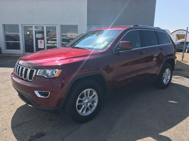 2018 Jeep Grand Cherokee Laredo (Stk: B4056) in Prince Albert - Image 1 of 7