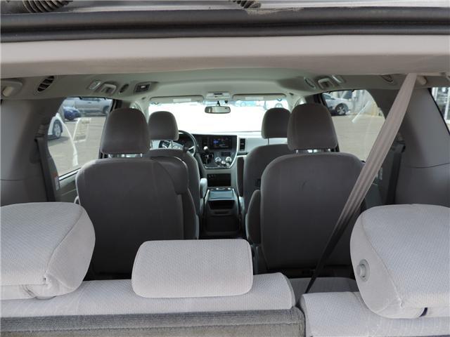 2017 Toyota Sienna LE 8 Passenger (Stk: 184231) in Brandon - Image 10 of 25