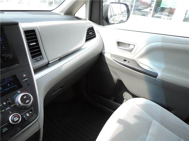 2017 Toyota Sienna LE 8 Passenger (Stk: 184231) in Brandon - Image 24 of 25